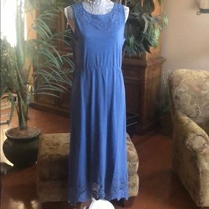 NWT-Chico's Size 1/Blue Maxi Dress-Crocheted